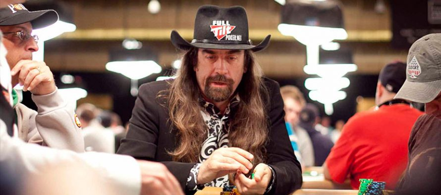 Chris Ferguson sets a new WSOP record after making his 14th cash