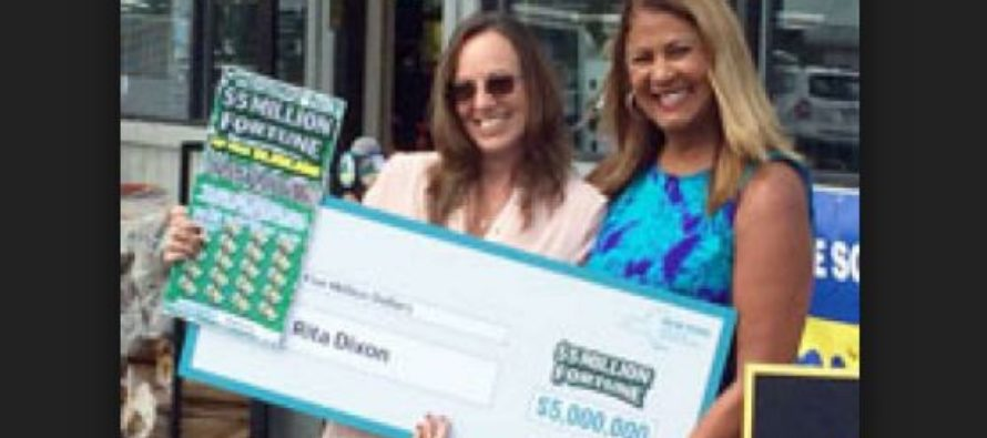 NY woman receives her $5m Lottery check